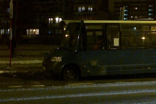 Autobus złapał kapcia