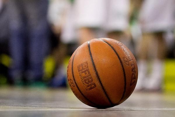 Znicz Basket wygrał z faworytem