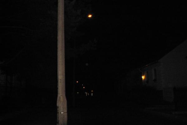 Pruszków: ciemno na Stalowej