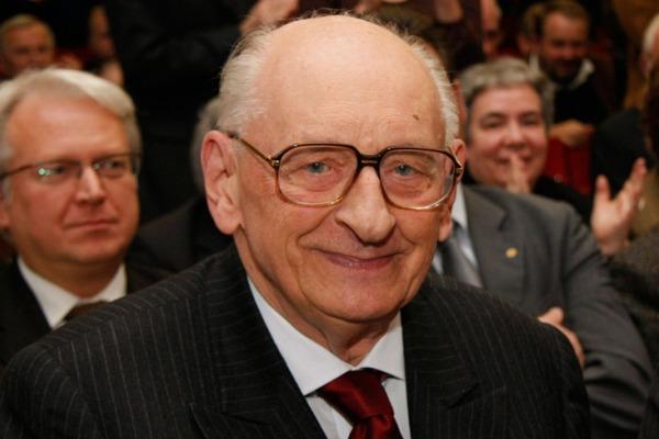 Władysław Bartoszewski w Dulagu