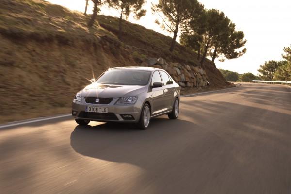 Elegancki jak coupe i praktyczny jak kombi – nowy Seat Toledo